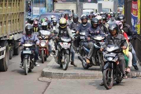 Ilustrasi pengguna sepeda motor.  - Istimewa