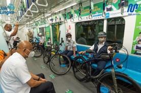 Anies - Ariza Uji Coba Bawa Sepeda Non Lipat di MRT…
