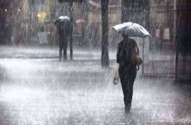 Cuaca Jakarta 25 Maret, Potensi Hujan Disertai Kilat dan Angin Kencang