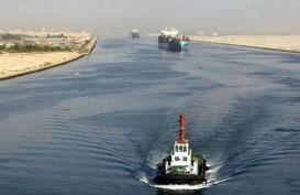 Terusan Suez Masih Macet, Sebabkan Harga Minyak Terus Naik