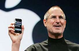 Dilelang, Surat Lamaran Kerja Steve Jobs Terjual Rp3,2 Miliar