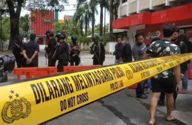 Pascaledakan Bom,Polisi Tutup Akses ke Gereja Katedral Makassar