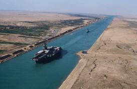 Terusan Suez Tersumbat, Moody's: Otomotif Eropa Akan Terdampak