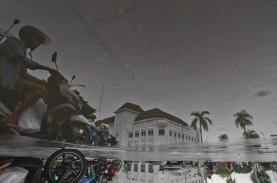 Cuaca Jakarta 29 Maret, Waspadai Hujan Disertai Kilat…