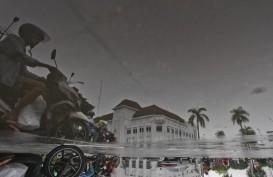 Cuaca Jakarta 30 Maret, Hujan Disertai Petir pada Siang hingga Sore