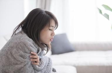 Suka Merasa Demam dan Kedinginan di Malam Hari? Ternyata Ini Penyebabnya