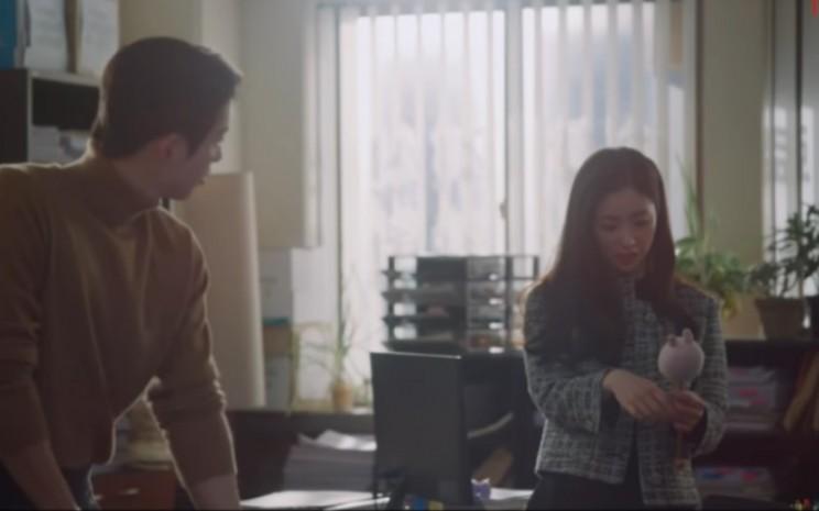 Vincenzo merupakan serial televisi yang ditayangkan di tvN sejak perilisan episode pertamanya pada 20 Februari lalu.  - Youtube
