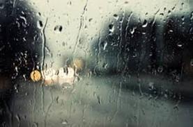 Cuaca 2 April 2021, Waspada Hujan Lebat Disertai Angin…
