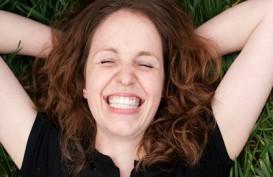 Guys, Ini 4 Cara Membuat Perempuan Tertawa Bahagia