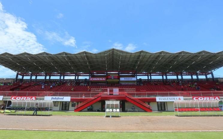 Stadion Kapten I Wayan Dipta, Gianyar Bali. Stadion tersebut merupakan markas dari klub sepakbola Bali United yang dikelola PT Bali Bintang Sejahtera Tbk. - baliunited