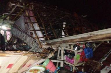 Angin Kencang Merusak Puluhan Rumah di Situbondo dan Pamekasan