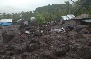 BANJIR BANDANG FLORES TIMUR : Korban Meninggal 54 Orang