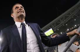 Presiden Juventus Bertemu dengan Allegri, Bagaimana Nasib Pirlo?