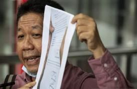 SUARA PEMBACA : Menutup Celah Korupsi