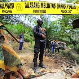Polisi Tertibkan Puluhan Sumur Minyak Illegal di Jambi