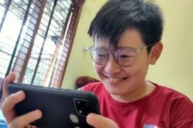 Pemakaian Gagdet Tinggi, Perlukah Anak Pakai Kacamata…