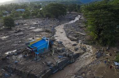 PLN Pulihkan Listrik 100.933 Pelanggan Terdampak Banjir di NTT