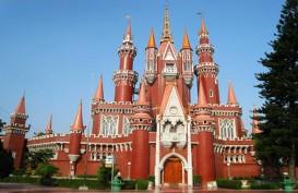 Sejarah TMII: Mimpi Bu Tien Soeharto yang Terinspirasi Disney Land