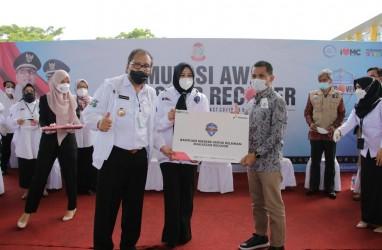 Dukung Program Makassar Recover, Pertamina Berikan Bantuan Ribuan Masker untuk Relawan