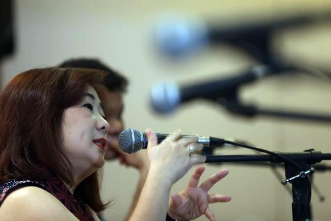 Direktur Utama PT Hartadinata Abadi Tbk Sandra Sunanto memberikan penjelasan pada paparan publik, di Jakarta, Selasa (11/6/2019). - Bisnis/Nurul Hidayat