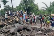 Dokter Ortopedi Turun Tangan Bantu Korban Bencana Alam NTT