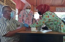 Purwakarta Sasar 4.300 Lansia untuk Mendapat Vaksinasi Sinovac