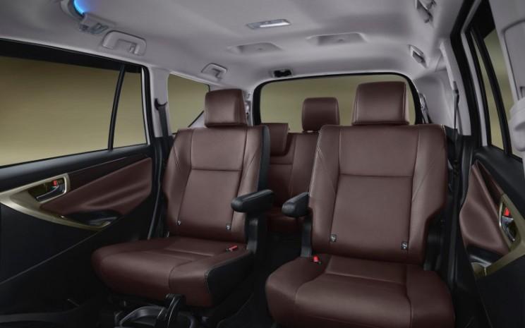 Interior Kijang Innova limited edition 2021. - istimewa