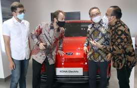 Hyundai Optimistis Jual 50 Unit Mobil Listrik di Makassar