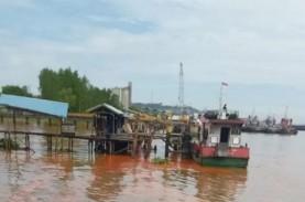 Kapal Tongkang Bermuatan Minyak Kelapa Sawit Tenggelam…