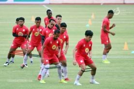 Persija vs Barito Putera: Suporter Borneo FC Dukung…