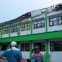 Sekolah Rusak Akibat Gempa di Malang