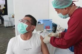 Vaksinasi Covid untuk Pekerja Pusat Perbelanjaan di…