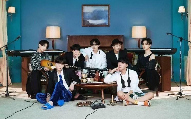Grup idola Korea Selatan BTS.  - ANTARA