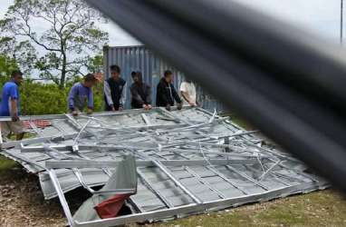 Kemenhub Fasilitasi Pengiriman Bantuan Bencana Banjir NTT