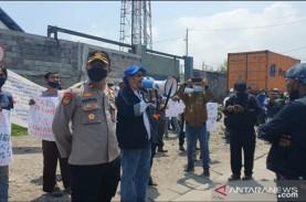 Pengusaha Minta Pemkot Surabaya Tertibkan Pungutan…