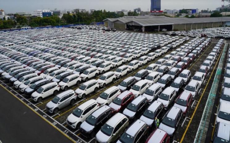 Jejeran unit produksi Astra Daihatsu Motor di fasilitas logistik pabrikan.  - ADM