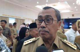 Gubernur Riau Minta Warga di Zona Merah Covid-19 Salat…