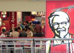Sudah Jatuh Merugi, KFC Indonesia (FAST) Tertimpa Tuntutan Pekerja