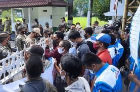 DPR: THR Wajib Dibayarkan Maksimal H-7 Lebaran