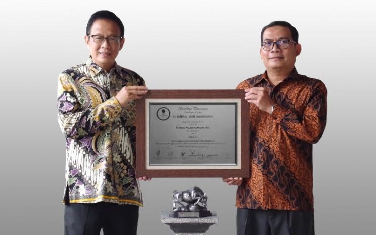 PT Nusa Palapa Gemilang Tbk. (NPGF) resmi mencatatkan perdana sahamnya di Bursa Efek Indonesia (BEI) pada Rabu (14/4 - 2021).