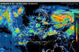 BMKG Prediksi Siklon Tropis Surigae Berkembang Jadi…