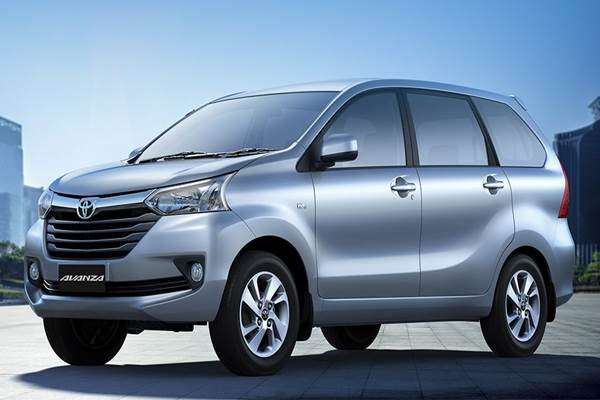 Mobil Toyota Avanza  -  Istimewa
