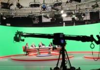 Proses syuting sebuah program televisi di stasiun tv SCTV, salah satu stasiun tv yang dikelola PT Surya Citra Media Tbk./scm.co.id