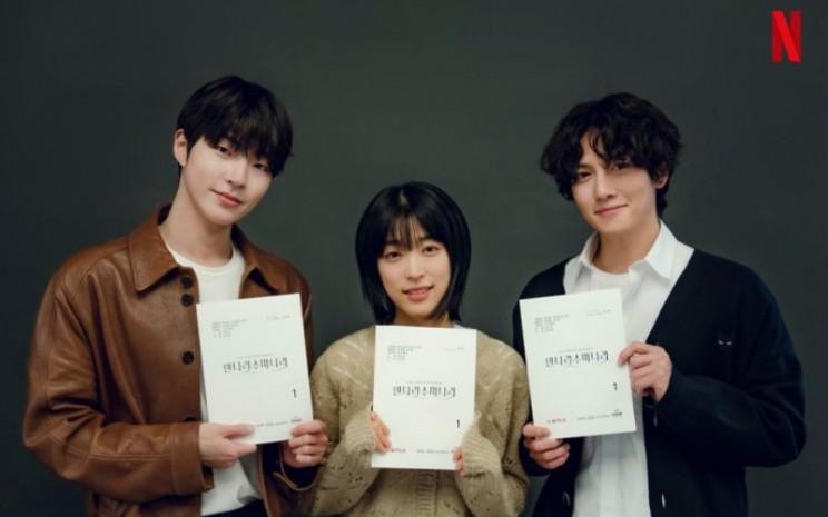 The Sound of Magic. Serial drama ini akan digarap oleh sutradara Kim Sung-yoon.  - Netflix