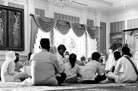 Adiguna Sutowo Meninggal, Dian Sastrowardoyo: Selamat…
