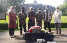 Masyarakat Serahkan Batu Dukung Pelestarian Borobudur