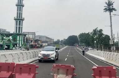 Ada Jalur Sepeda di Flyover Cakung, Mudah-Mudahan Aman