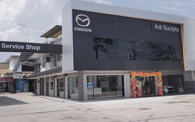 Dealer Mazda Adi Sucipto, Pontianak, Kalimantan Barat.  - PT Eurokars Motor Indonesia