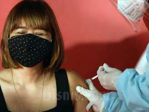 Vaksinasi Covid-19 Pekerja Seni dan Budayawan Digelar di Galeri Nasional