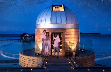 Resor di Maladewa ini Punya Teleskop Bintang di Atas Laut